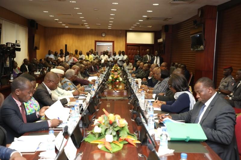 Le dialogue politique du 5 janvier au 17 février sur le Code électoral a accouché de plusieurs accords et de recommandations visant à améliorer l'environnement électoral. (PHOTO : HONORé BOSSON)