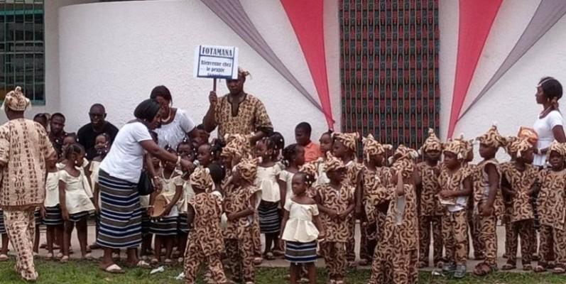 Les tout-petits ont séduit les invités avec la danse Boloye des Sénoufo. (DR)