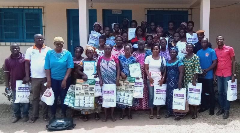 Les femmes leaders communautaires et leurs formateurs ont posé pour la postérité.(DR)