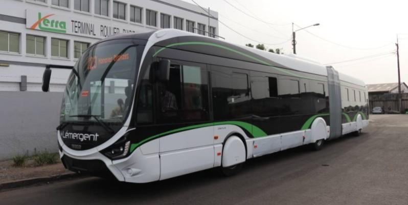 La société d'État poursuit le renforcement de son parc automobile, intégrant des bus fonctionnant avec le gaz comme ''Lémergent''. (Dr)