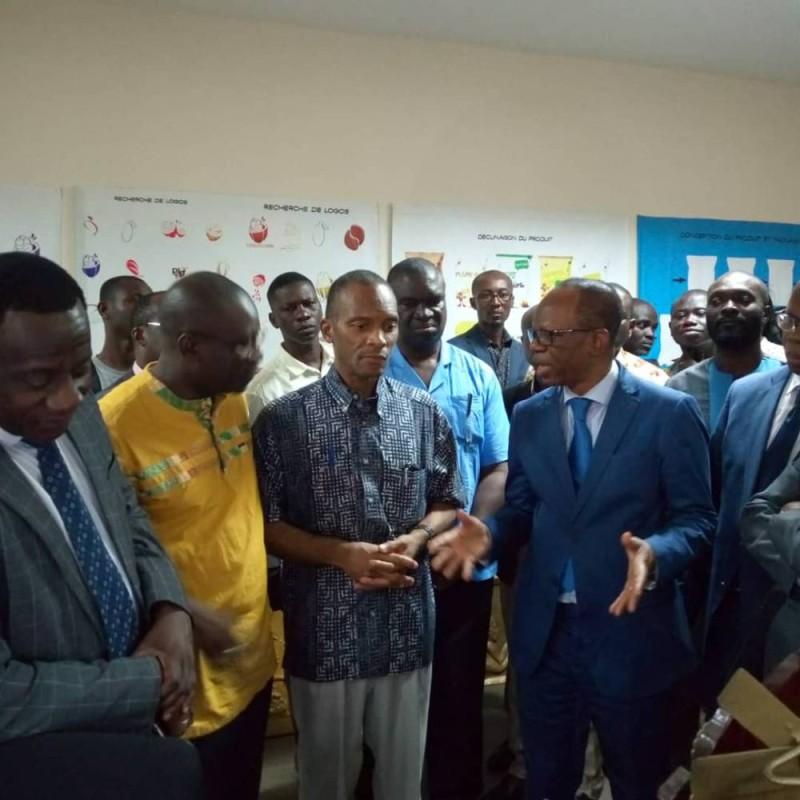 Le Pr Abou Karamoko, président de l'Université Félix Houphouët-Boigny  a son arrivée à l'exposition (DR)