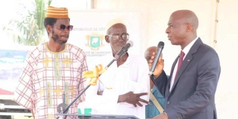 Le directeur général de l'Afor, Bamba Cheick Daniel, s'est adressé aux populations sur la nécessité de la réussite des opérations. (DR)