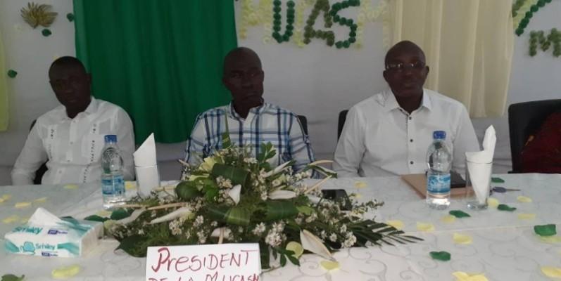 Le Président de la mutuelle, Lassana Bakayoko (au centre) et son bureau, entendent amener les fils et filles de Marandallah à contribuer de façon significative à son développement. (DR)