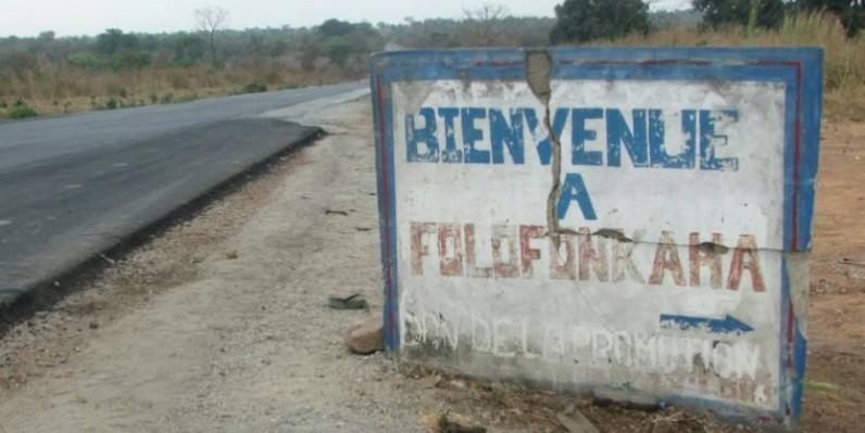 Une vue de la stèle annonçant le village de Folofonkaha où l'accident s'est produit. (AIP)