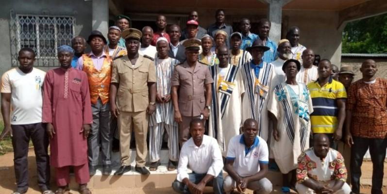 Le préfet Ibrahima Cissé a invité les populations à participer au RGPH, au renouvellement des CNI et à l'enrôlement à la CMU. (DR)