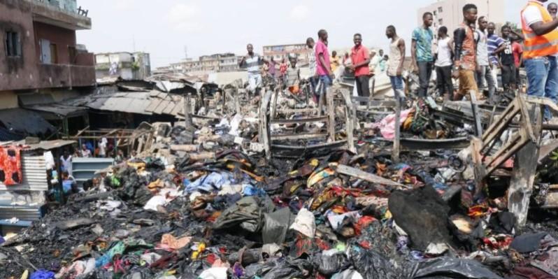 Une vue des ateliers ravagés par le feu. (Bavane Kouika)