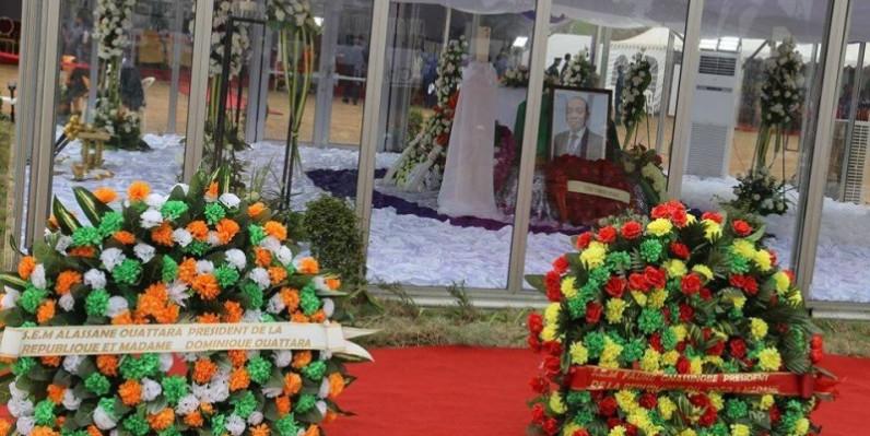 Hommages à l'ancien Président du Cesec au stade Omnisport de Bouaflé. (DR)
