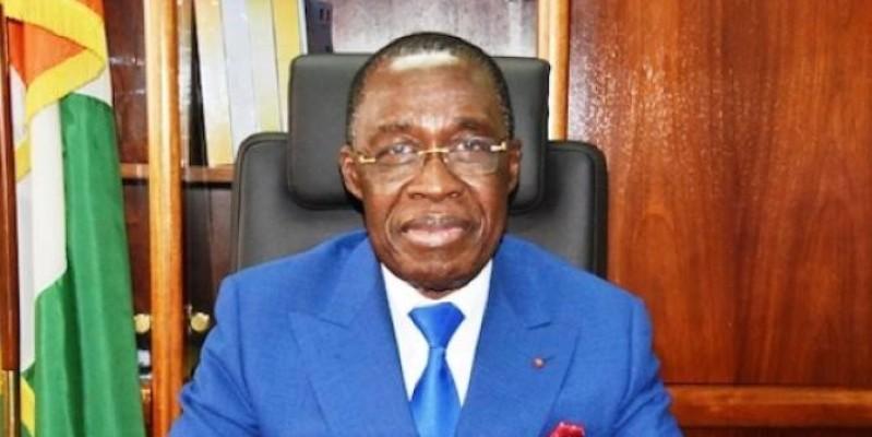 Eugène Aka Aouélé, ministre de la Santé et de l'Hygiène publique. (Dr)