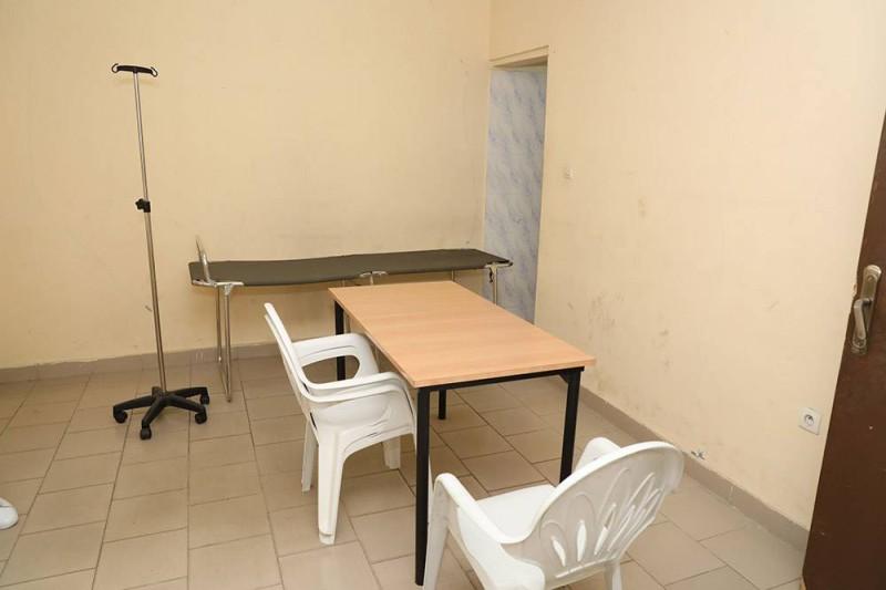 Visité guidée de l'Hôpital militaire d'Abidjan par le chef d'état-major général des Armées. (Bosson Honoré)