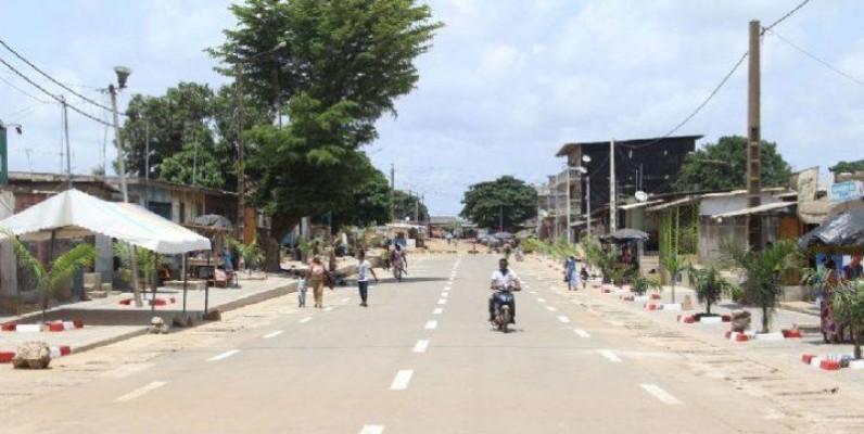 La voie principale du village d'Anoumabo. (Dr)
