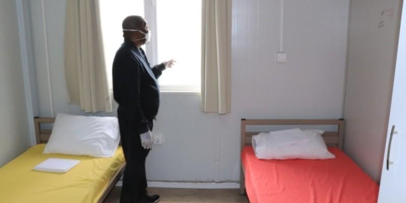 Le ministre Siandou Fofana dans une chambre double. (DR)
