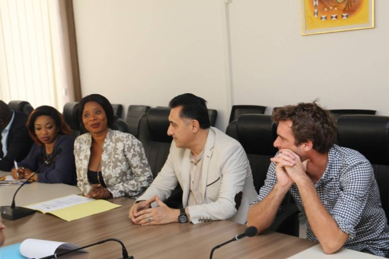 Le présidente de l'Ape en compagnie de quelques membres de l'Association