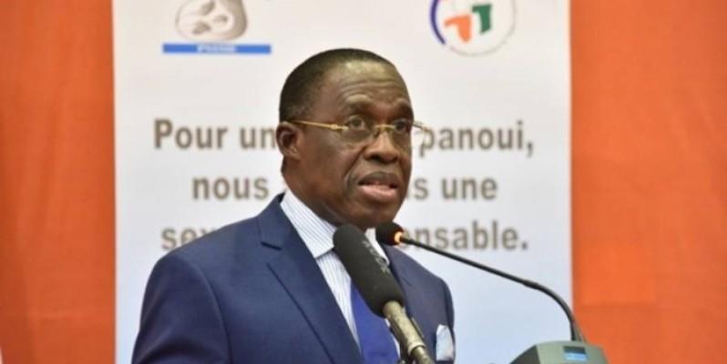 Le ministre ivoirien en charge de la santé, Dr Eugène Aka Aouélé.