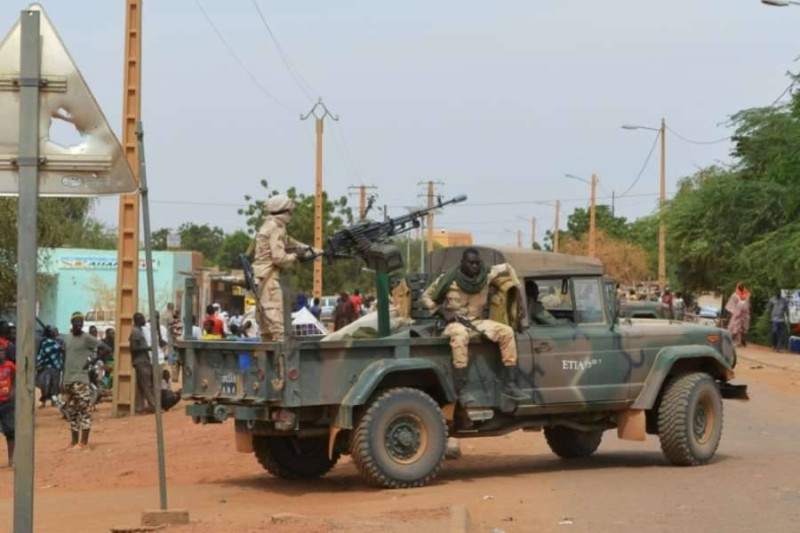 Des soldats maliens en patrouille à Gao en novembre 2018.(DR)