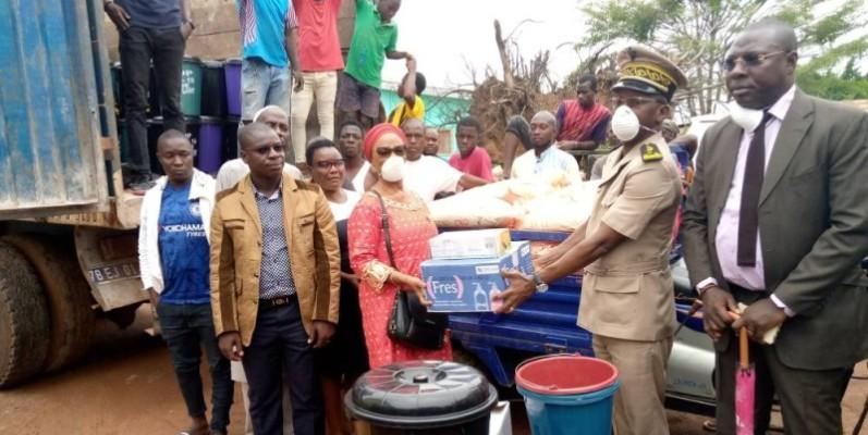 Flany Touré a fait un important don aux populations de Duékoué dans le cadre de la lutte contre le Covid-19. (DR)