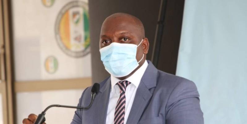 Dr Serge Yapo, directeur commercial et marketing de la Nouvelle pharmacie de la santé publique de Côte d'Ivoire (Npsp-Ci). (Joséphine Kouadio)