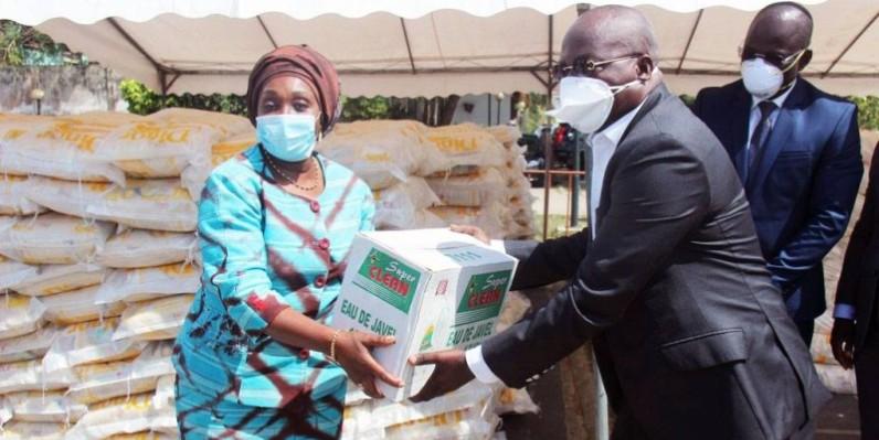 La ministre Raymonde Goudou Coffie a rassuré les acteurs culturels de la bienveillante attention du gouvernement à leur égard en cette période de crise sanitaire (DR)