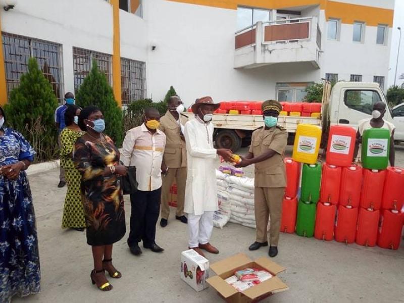 Des dons en vivres et non-vivres aux populations