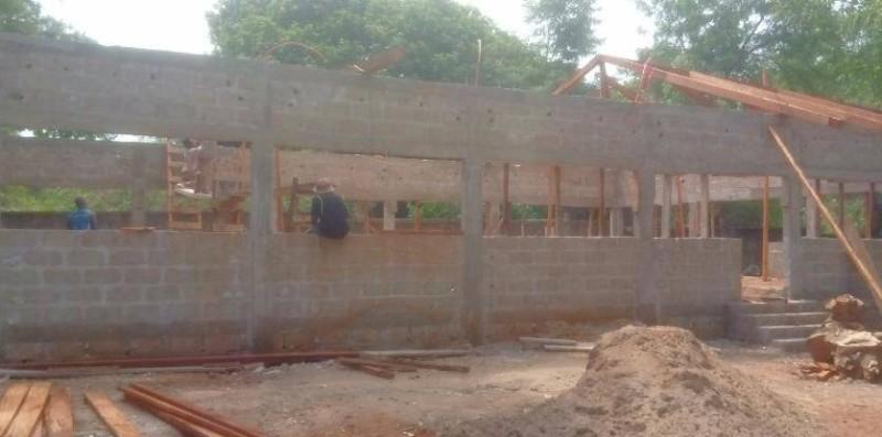 Le foyer polyvalent en construction. (DR)