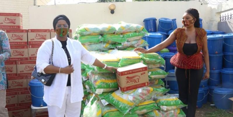 Fatim Sidimé (à droite) a traduit en acte le soutien du ministre d'État Hamed Bakayoko. (DR)