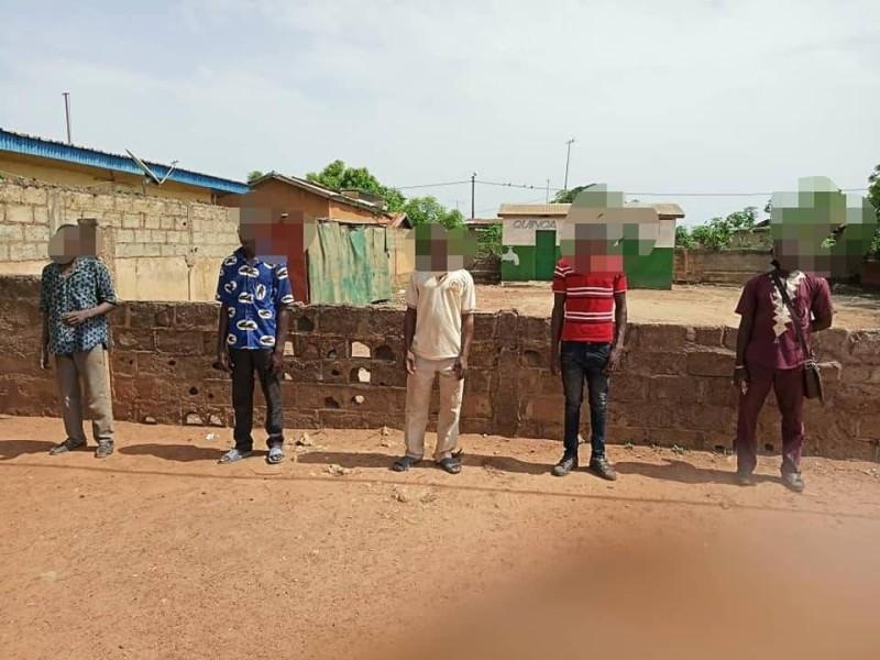 Une vue des individus interpellés par les gendarmes. (DR)
