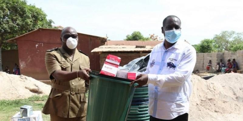 L'inspecteur général d'État a sillonné 12 localités pour inviter les populations au respect des gestes barrières contre le Coronavirus. (Dr)