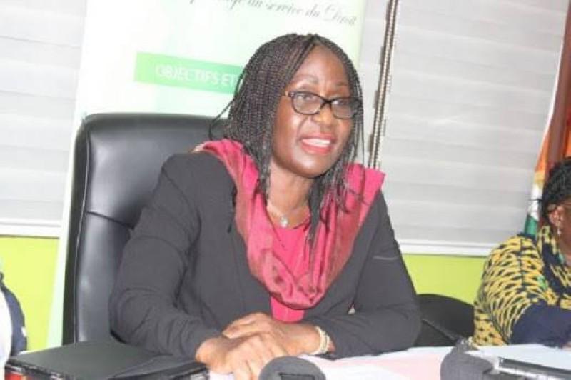 Mme Aimée Zebeyoux, Secrétaire d'État chargée des Droits de l'Homme. (Dr)
