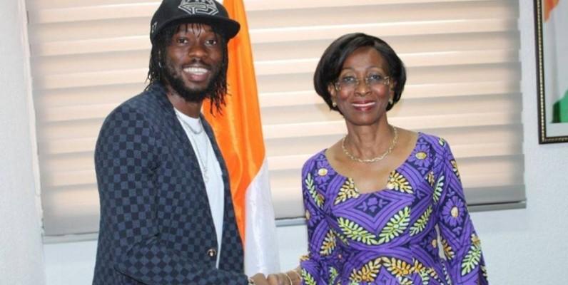 La ministre Bakayoko-Ly Ramata, remercie le généreux donateur pour cette action de haute portée sociale. (DR)