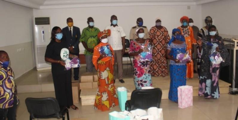 Les représentantes des organisations féminines sont reparties avec des kits destinés aux femmes de leurs localités. (DR)