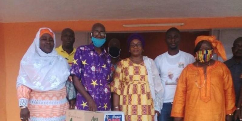 Un échantillon du don des délégués Rhdp aux populations. (DR)
