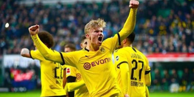 Dortmund s'est balladé face Schalke (4-0), samedi, sur son terrain. (DR)