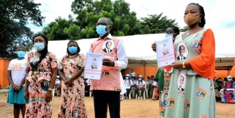 Amadou Koné et Nasseneba Touré ont mis le commando de la jeunesse féminine Rhdp en mission dans le pays Baoulé. (DR)