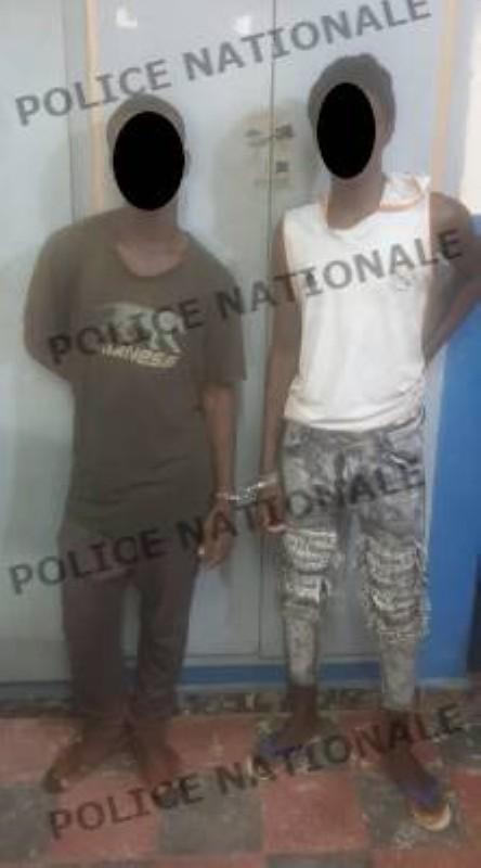 Les deux individus interpellés par la Police. (DGPN)