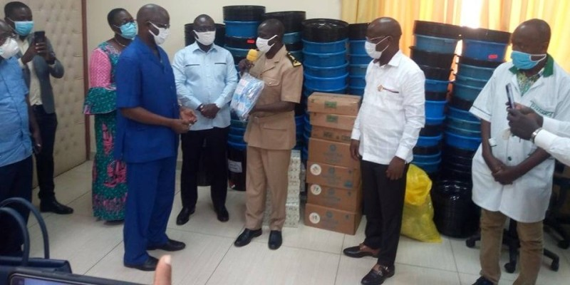 Les pharmaciens d'Agboville accompagnent la lutte (DR)