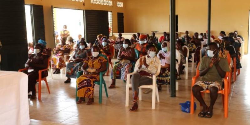 Les restauratrices de Béoumi et de Sakassou ont salué le geste du ministre Sidi Touré. (DR)