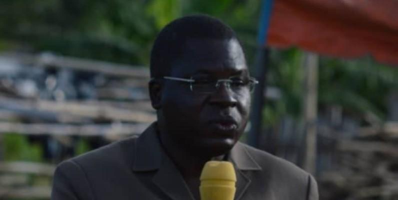 Amedé Kouakou, président de l'Association des cadres du centre pour le développement (Accd-Rhdp) en pleine sensibilisation des populations. (DR)