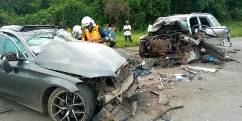 Une vue des véhicules ayant fait l'accident. (DR)