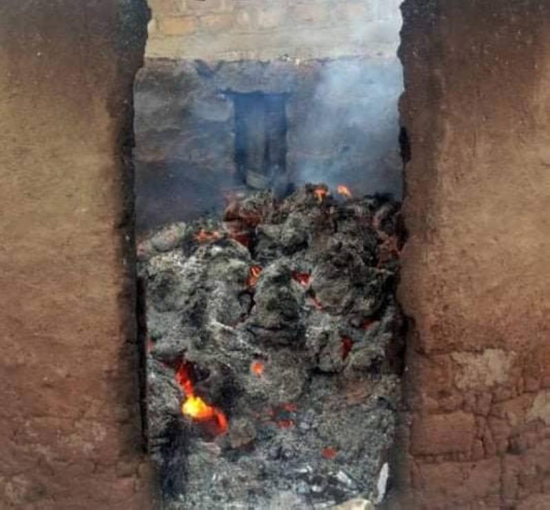 Une des maisons incendiées lors des affrontements. (Dr)