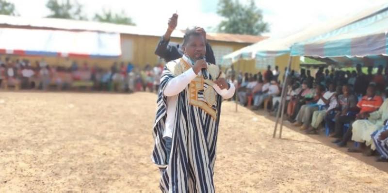 Le ministre de l'Artisanat, Sidiki Konaté, en meeting dans le Tonkpi. (Dr)