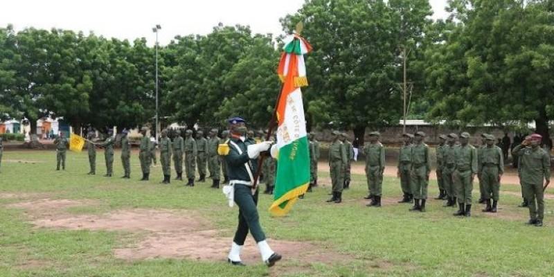 Ces recrues présentées au drapeau national, en présence du chef d'Etat- major des armées adjoint, le général de division Kouamé N'dri Julien. (AIP)