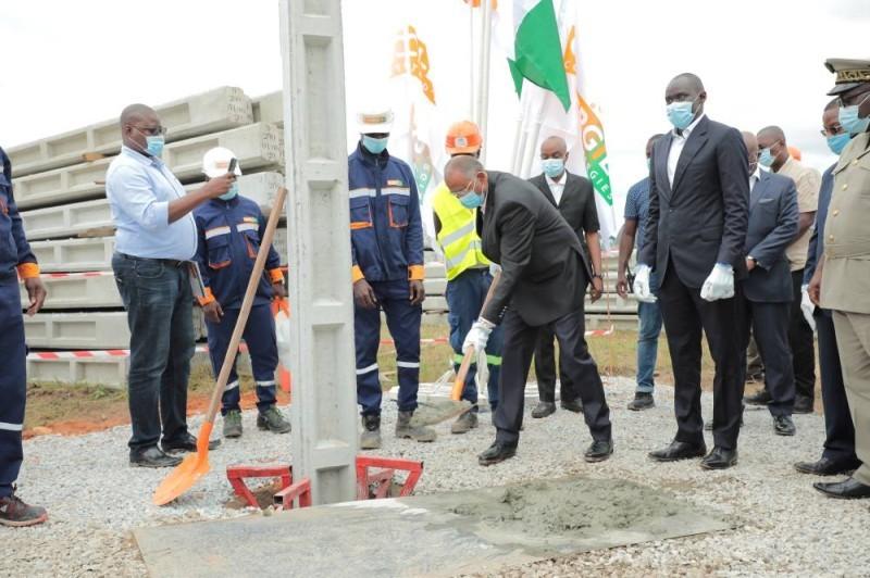 Les travaux d'extension du réseau électrique d'Adzopé lancés. (DR)