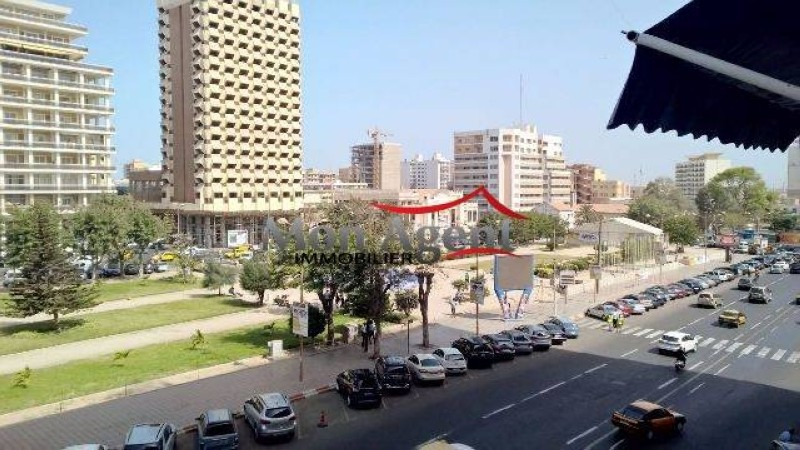 Une vue d'une rue de la commune du Plateau de Dakar.