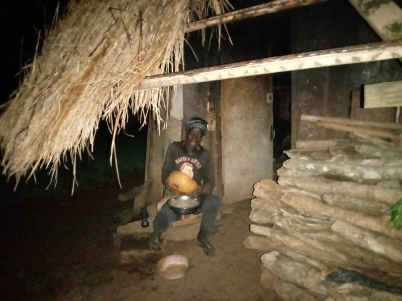 La sœur du général Guéi Robert demande l'aide du Premier ministre Amadou Gon Coulibaly pour la réhabilitation de sa résidence. (Saint Tra-Bi)