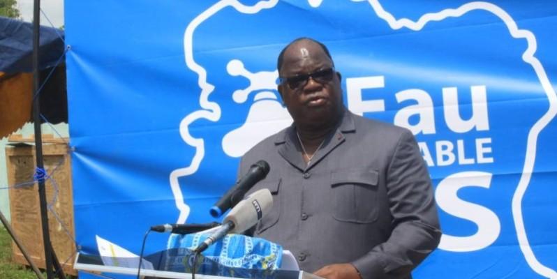 Le ministre Laurent Tchagba a apporté le réconfort aux populations de ces deux localités du Hambol. (DR)