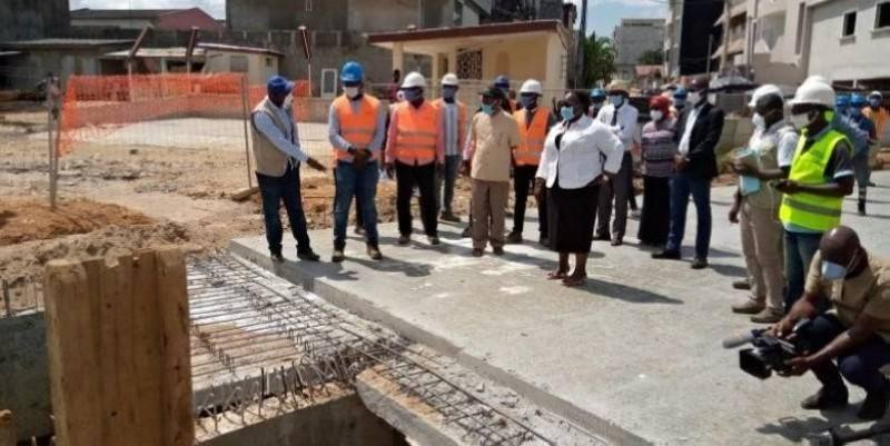 Anne Ouloto s'est félicitée de l'avancement des travaux d'assainissement de la rue Ministre de Cocody Palmeraie
