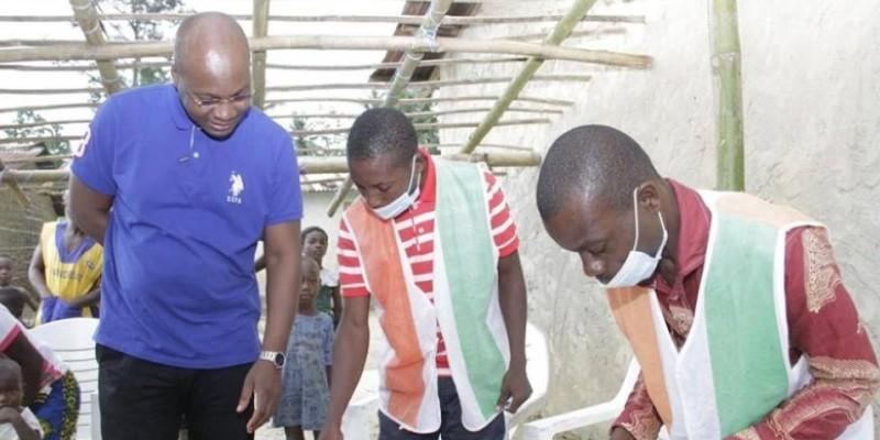 Eric-Casimir Akaffou a profité de l'occasion pour apporter son appui aux agents de la Cei. (Dr)