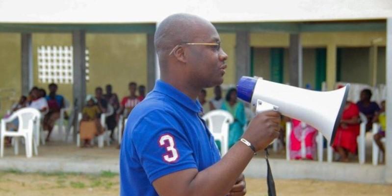 Eric-Casimir Akaffou s'exprimant devant la population. (Dr)