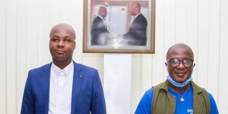 L'artiste Hilarion Atsé (à droite) s'est réjoui de l'action du chef de cabinet du ministre Moussa Dosso. (Dr)