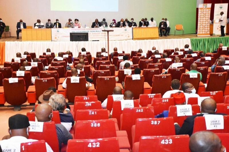 Les clubs des trois championnats (Ligue 2, D3 et Ligue feminine) vont bientôt percevoir le reste de leur part de subvention. (DR)