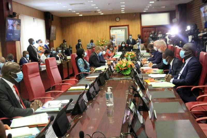 Les parties française et ivoirienne ont démarré les échanges sur les modalités de signature du troisième C2D. (Sébastien Kouassi)
